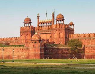 Pathankot to Delhi Tempo Traveller